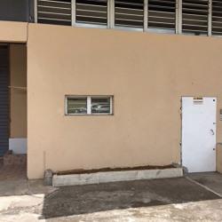 Location Entrepôt Ducos 100 m²