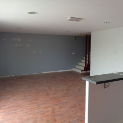 Location Local commercial Lombez 540 m²