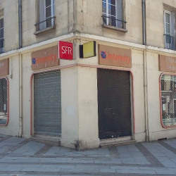 Location Local commercial Compiègne 235 m²