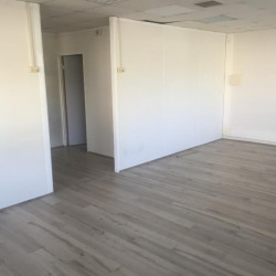 Location Bureau Baillargues 86 m²