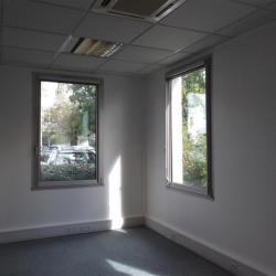 Location Bureau Bron 195 m²