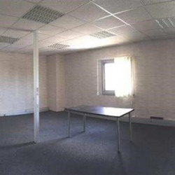 Location Bureau Vitrolles 113 m²