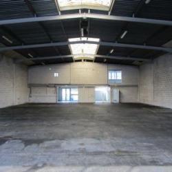 Location Entrepôt Carros 720 m²