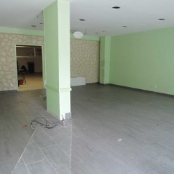 Vente Local commercial Nanterre 165 m²