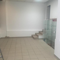 Location Local commercial Malakoff 141 m²