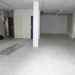 Location Bureau Melun 75 m²