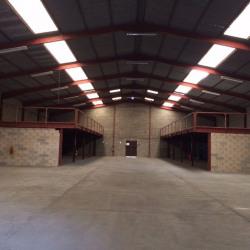 Location Entrepôt Mudaison 1280 m²