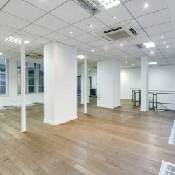 Vente Bureau Paris 11ème 206 m²