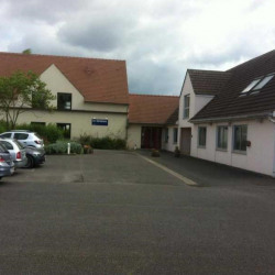 Location Bureau Senlis 261 m²