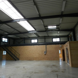 Location Entrepôt Crolles 480 m²