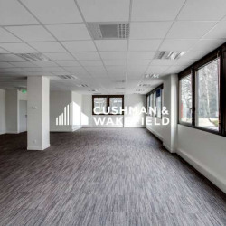 Location Bureau Limonest 912 m²
