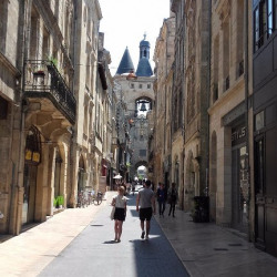 Vente Bureau Bordeaux 133 m²