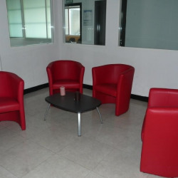 Location Bureau Tours 282,11 m²