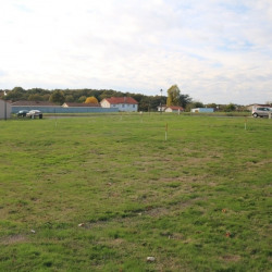 Terrain  de 1345 m²  Hiesse  (16490)