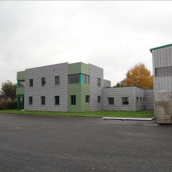 Vente Local commercial Montgivray 3180 m²