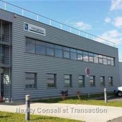 Location Entrepôt Houdan 4430 m²