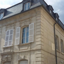 Location Bureau Compiègne 62 m²