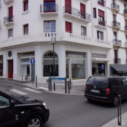 Location Local commercial Biarritz 44,92 m²