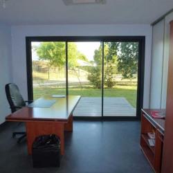 Location Bureau Canéjan 153 m²