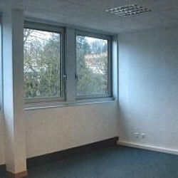 Location Bureau Dreux 50 m²