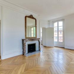 Location Bureau Versailles 78 m²