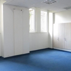Location Bureau Rennes 77 m²