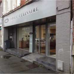 Location Local commercial La Madeleine 403 m²