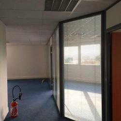Location Bureau Marseille 15ème 681 m²