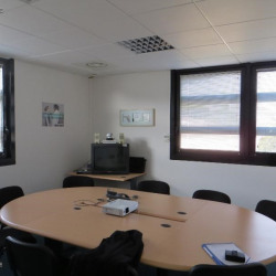 Location Bureau Lattes 297 m²