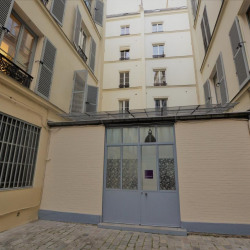 Location Bureau Paris 10ème 60 m²