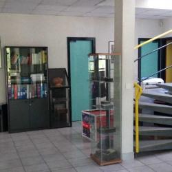 Location Entrepôt Dourdan 550 m²