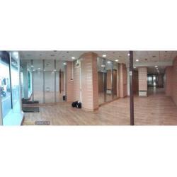 Location Local commercial Le Kremlin-Bicêtre 85 m²