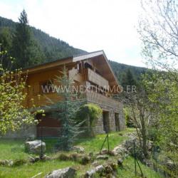 Chalet Récent 140 m²