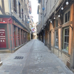 Location Local commercial Troyes 27 m²