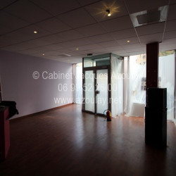 Location Local commercial Suresnes 408 m²