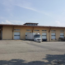 Location Local d'activités Upie 2000 m²