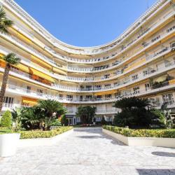 Appartement Nice 2 pièce (s) 60 m² + TERRASSE et Cav