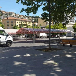 Location Local commercial Nice 245 m²
