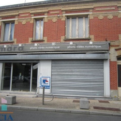 Location Local commercial Draveil 124,88 m²