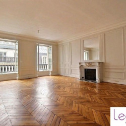 Location Bureau Paris 9ème 208 m²