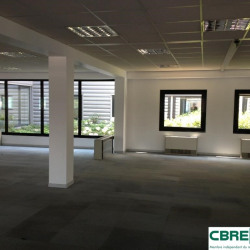 Location Bureau Clermont-Ferrand 302 m²