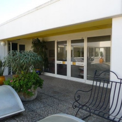Location Bureau Vallauris 208 m²