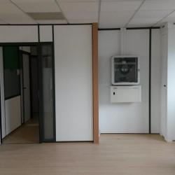 Vente Bureau Trappes 301 m²