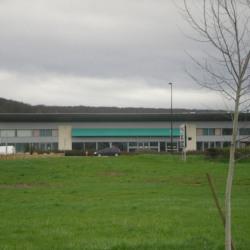 Location Local commercial Saint-Amand-Montrond 600 m²