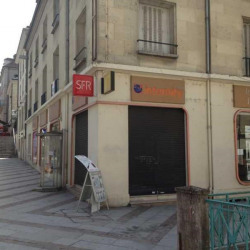 Location Local commercial Compiègne 456 m²