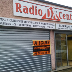 Location Local commercial Garancières 203 m²