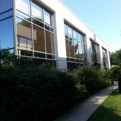 Location Bureau Guyancourt 1894 m²