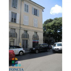 Location Local commercial Nîmes 36 m²