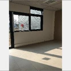 Location Bureau Vourles 397 m²