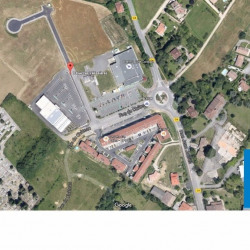 Location Local commercial Bouloc 1600 m²
